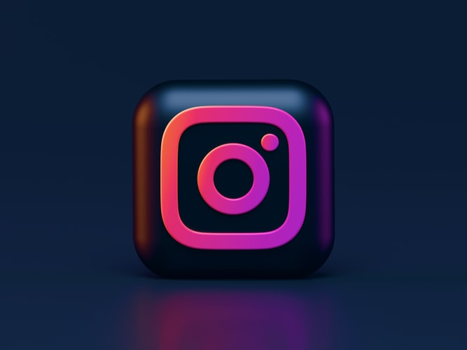 This image has an empty alt attribute; its file name is Instagram-111.jpg